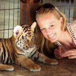 Chiang Mai, Thailand: Tiger Kingdom l Okinawa Hai!