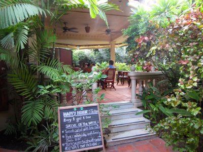 The Villa Paradiso l Okinawa Hai!