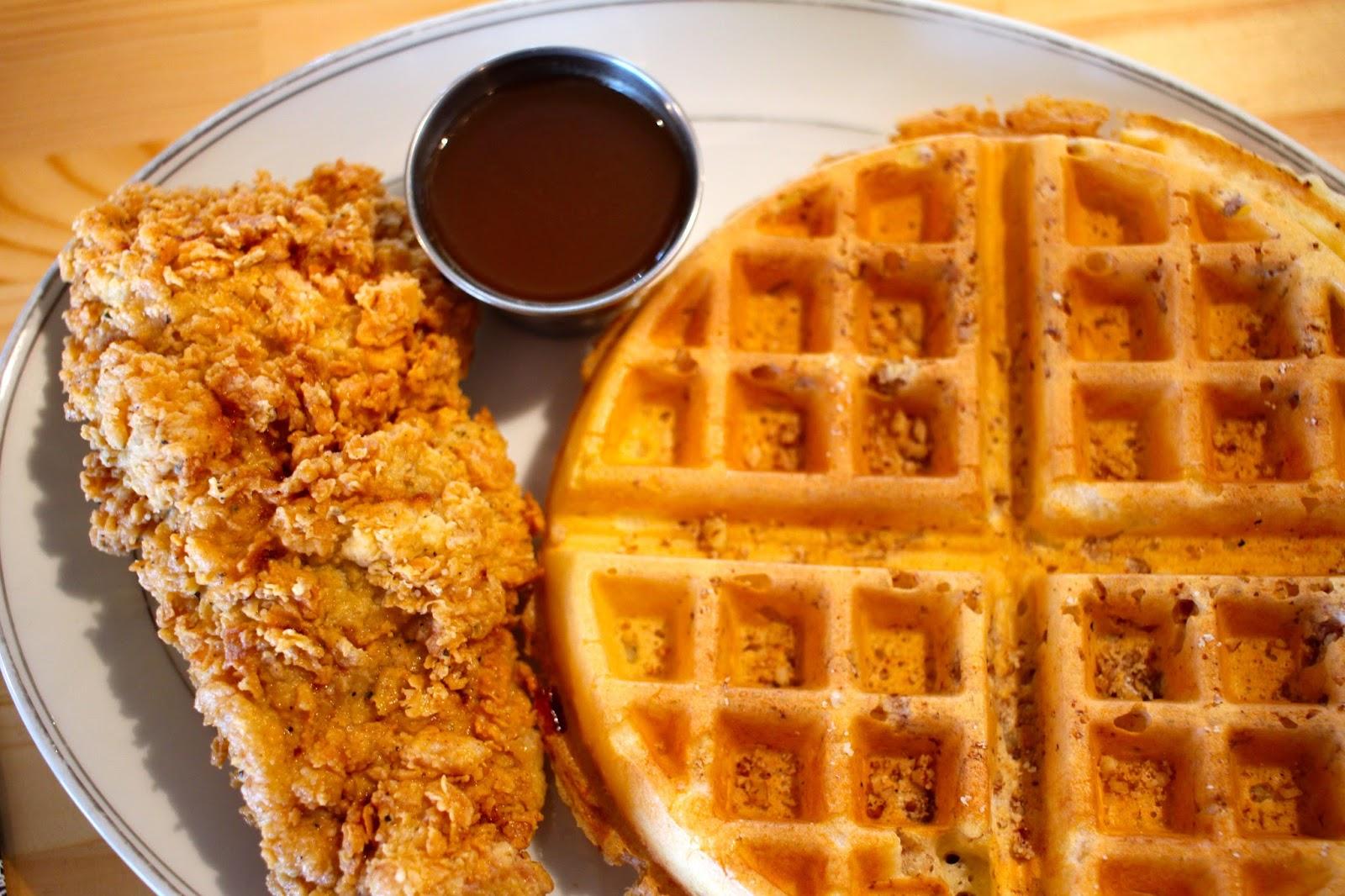 CC's Chicken & Waffles | Okinawa Hai!