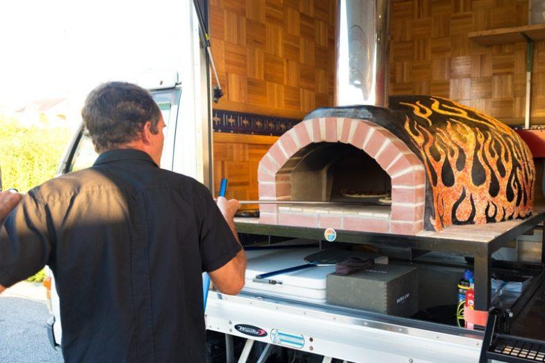 Kokopelli's Pizza | Okinawa Hai!