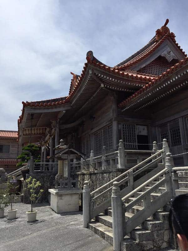 futenma-shrine-caves-001